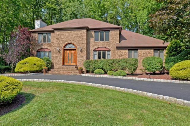 17 Red Coach Lane, Holmdel, NJ 07733 (MLS #21730511) :: The Dekanski Home Selling Team
