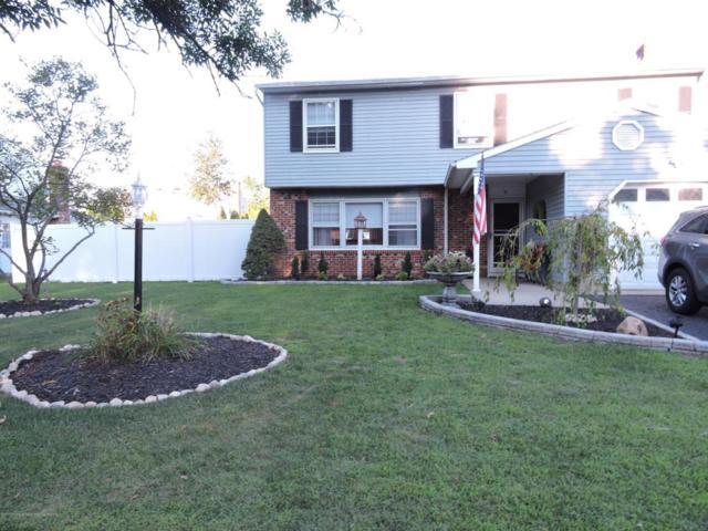 9 Juniper Place, Howell, NJ 07731 (MLS #21730799) :: The Dekanski Home Selling Team