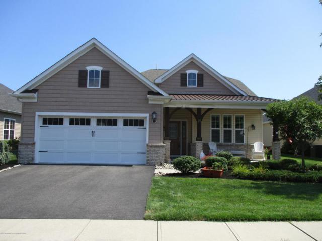 25 E Raphael Lane, Farmingdale, NJ 07727 (MLS #21730917) :: The Dekanski Home Selling Team