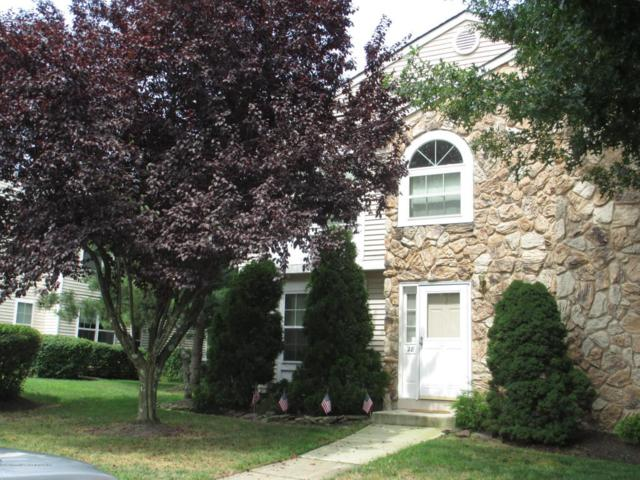 28 Karen Drive, Tinton Falls, NJ 07753 (MLS #21733635) :: The Dekanski Home Selling Team