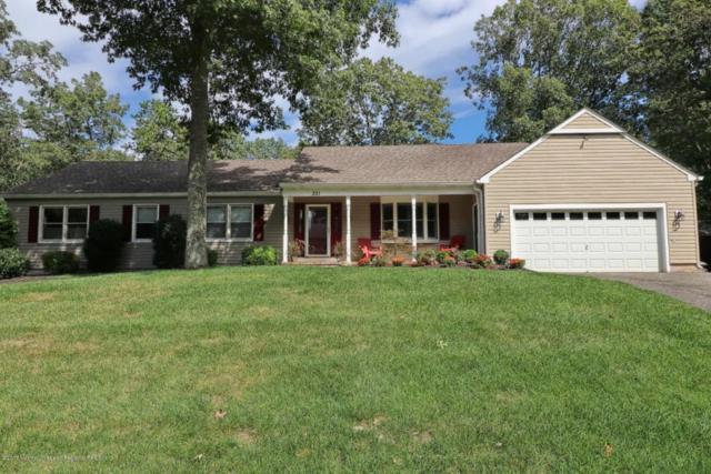 221 Rivers Edge Lane, Toms River, NJ 08755 (MLS #21737077) :: The Dekanski Home Selling Team