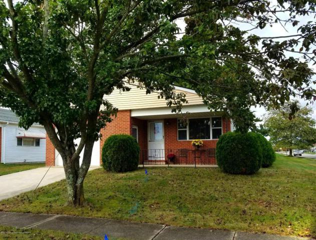 351 Port Royal Drive, Toms River, NJ 08757 (MLS #21739832) :: The Dekanski Home Selling Team