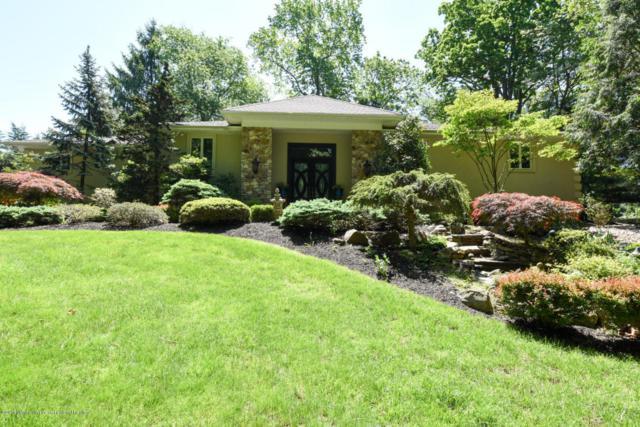 25 Seven Oaks Circle, Holmdel, NJ 07733 (MLS #21820406) :: The Force Group, Keller Williams Realty East Monmouth