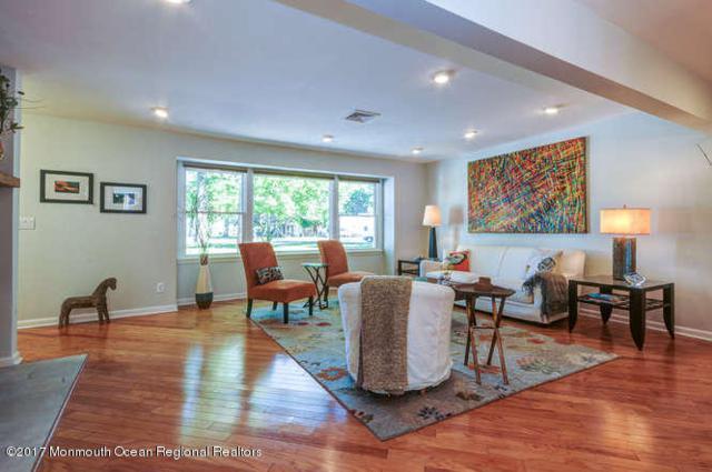 10 Ataboy Court, Red Bank, NJ 07701 (MLS #21821587) :: The Dekanski Home Selling Team