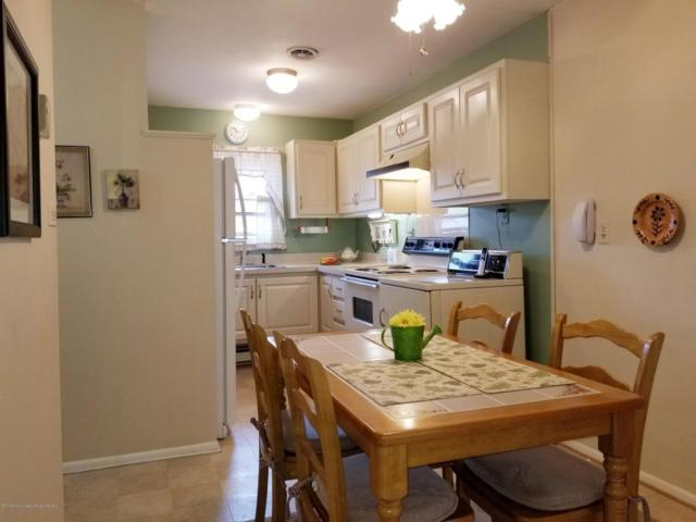 42J Cambridge Court 200J, Lakewood, NJ 08701 (MLS #21822857) :: The Dekanski Home Selling Team