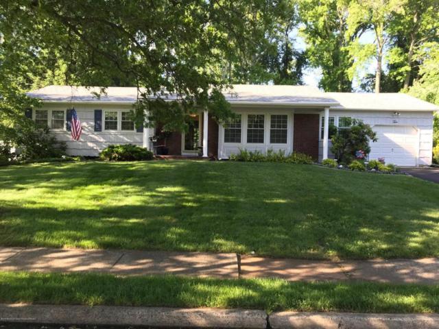 10 Sandburg Drive, Morganville, NJ 07751 (MLS #21823785) :: The Dekanski Home Selling Team