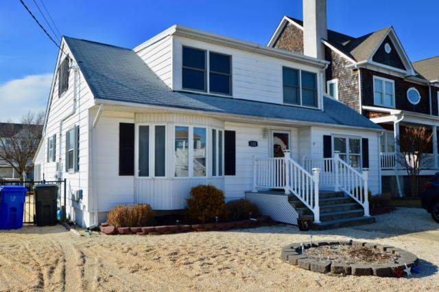 122 Waldron Road, Toms River, NJ 08753 (MLS #21900347) :: The MEEHAN Group of RE/MAX New Beginnings Realty