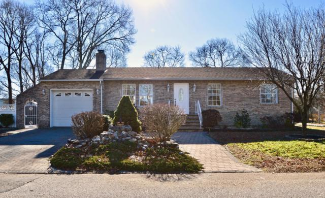 2 Fairwood Drive, Bayville, NJ 08721 (MLS #21901058) :: The MEEHAN Group of RE/MAX New Beginnings Realty