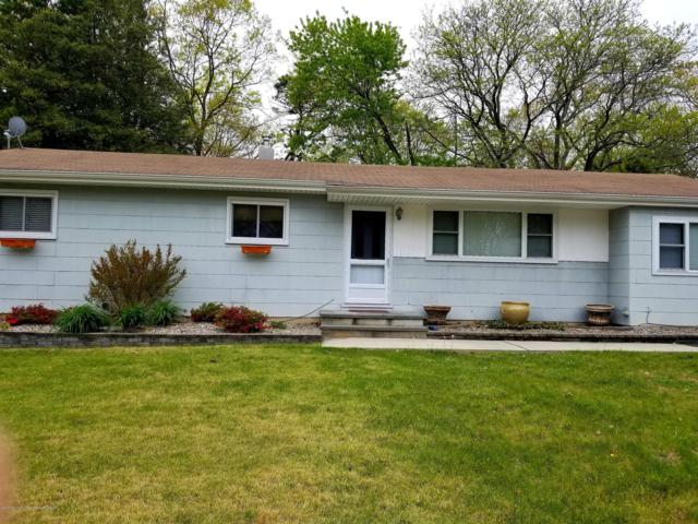 43 Burton Drive, Howell, NJ 07731 (MLS #21917991) :: The MEEHAN Group of RE/MAX New Beginnings Realty