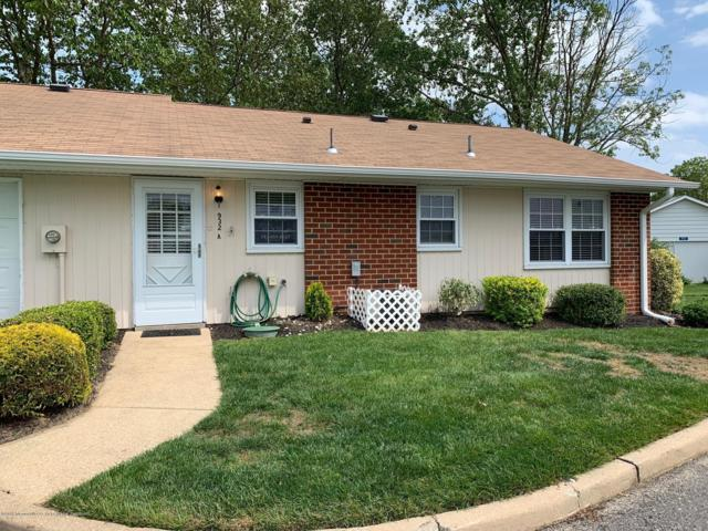 932A Thornhill Court #1001, Lakewood, NJ 08701 (MLS #21922076) :: The MEEHAN Group of RE/MAX New Beginnings Realty