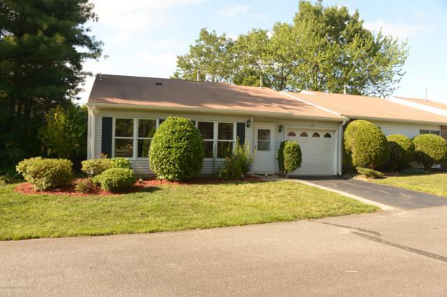 233 Cloverdale Drive #1000, Lakewood, NJ 08701 (MLS #21924686) :: The MEEHAN Group of RE/MAX New Beginnings Realty