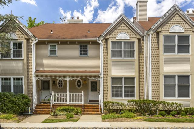 135 Northampton Drive, Holmdel, NJ 07733 (MLS #21926433) :: The MEEHAN Group of RE/MAX New Beginnings Realty