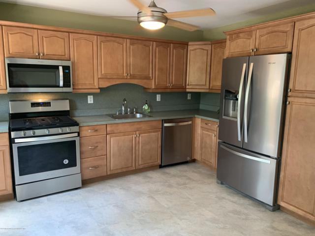 823 Jamestown Road, East Windsor, NJ 08520 (MLS #21929335) :: The MEEHAN Group of RE/MAX New Beginnings Realty