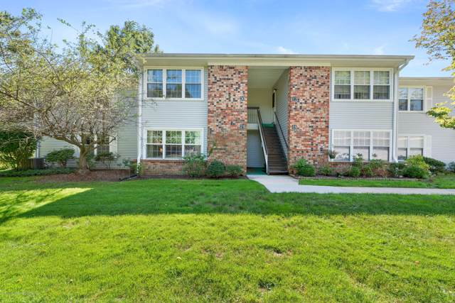 24 Snowburry Court #285, Red Bank, NJ 07701 (MLS #21938788) :: The MEEHAN Group of RE/MAX New Beginnings Realty
