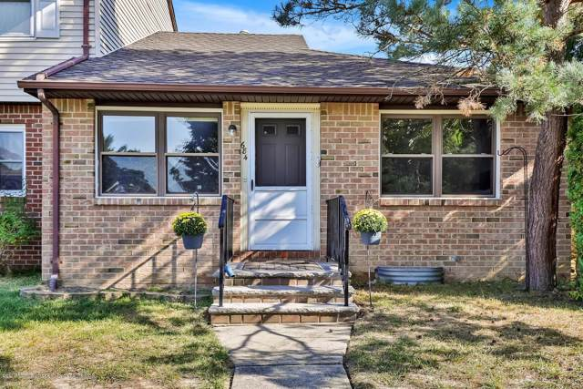 684 Denise Court, Brick, NJ 08724 (MLS #21939349) :: The MEEHAN Group of RE/MAX New Beginnings Realty