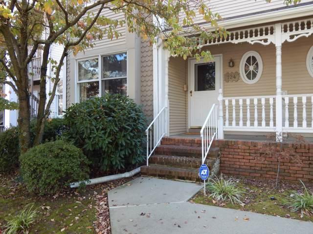 124 Northampton Drive, Holmdel, NJ 07733 (MLS #21940248) :: The MEEHAN Group of RE/MAX New Beginnings Realty
