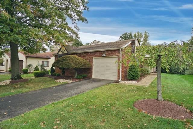 27 Lakeview Drive, Marlboro, NJ 07746 (MLS #21940258) :: The Sikora Group