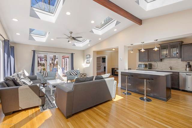 103 Clive Street, Edison, NJ 08820 (#21941559) :: Daunno Realty Services, LLC
