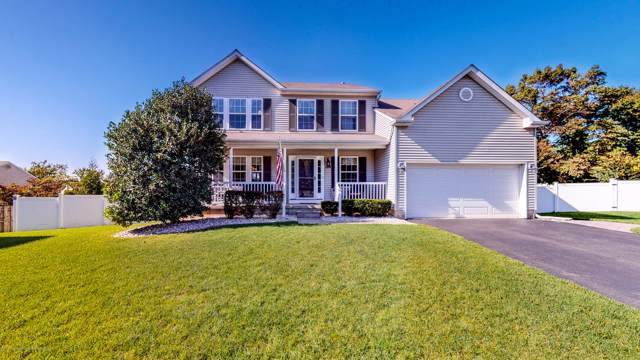 186 Constitution Avenue, Toms River, NJ 08753 (MLS #21942545) :: The Sikora Group