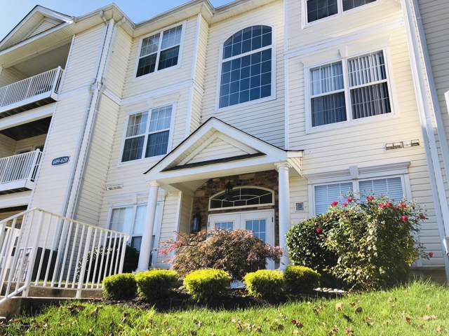 615 Saint Andrews Place, Manalapan, NJ 07726 (MLS #21943349) :: William Hagan Group
