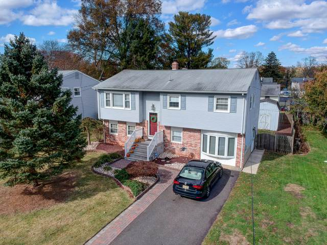 66 Lakeview Drive, Allentown, NJ 08501 (MLS #21944284) :: William Hagan Group