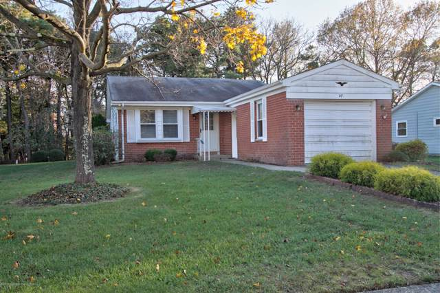 27 Constitution Boulevard, Whiting, NJ 08759 (MLS #21944908) :: The MEEHAN Group of RE/MAX New Beginnings Realty