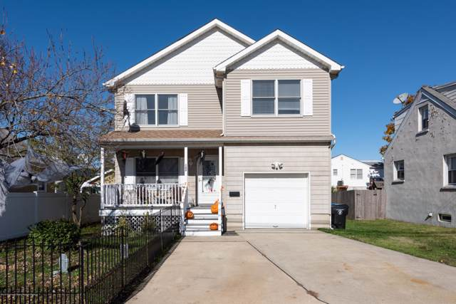 134 Main Street, Port Monmouth, NJ 07758 (MLS #21946034) :: The MEEHAN Group of RE/MAX New Beginnings Realty