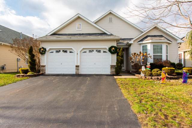 444 Monticello Lane, Lakewood, NJ 08701 (MLS #21947933) :: The Streetlight Team at Formula Realty