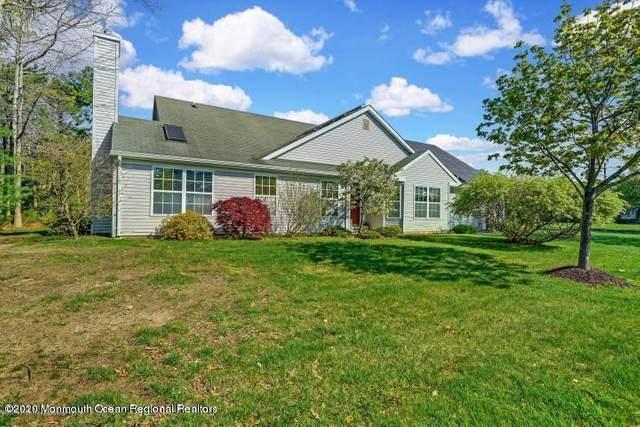 2 Schoolhouse Lane, Lakewood, NJ 08701 (MLS #22001777) :: The MEEHAN Group of RE/MAX New Beginnings Realty