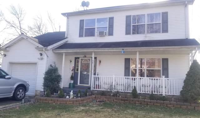 58 Winthrop Lane, Eatontown, NJ 07724 (MLS #22002493) :: The Sikora Group