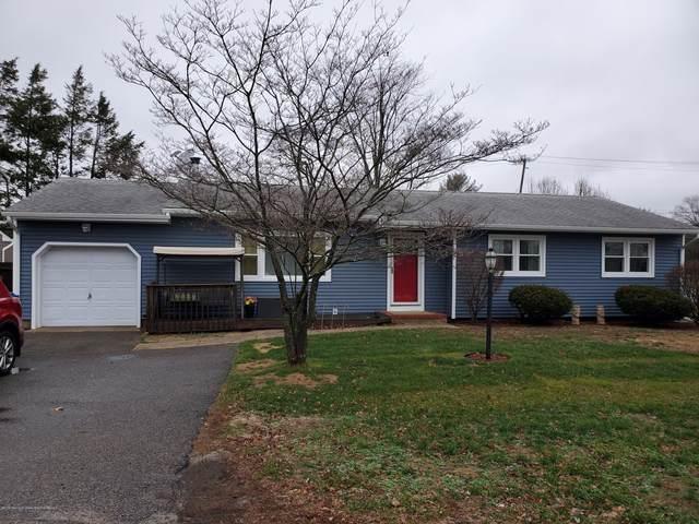 102 Oak Tree Lane, Toms River, NJ 08753 (#22004188) :: Daunno Realty Services, LLC