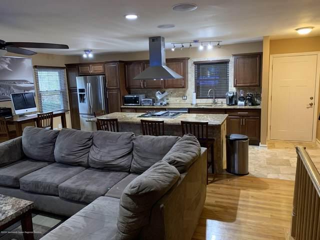 400 Laurel Brook Drive B, Brick, NJ 08724 (MLS #22005912) :: The MEEHAN Group of RE/MAX New Beginnings Realty