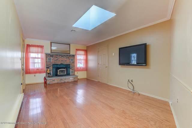 79 Courtshire Drive, Brick, NJ 08723 (MLS #22006971) :: William Hagan Group