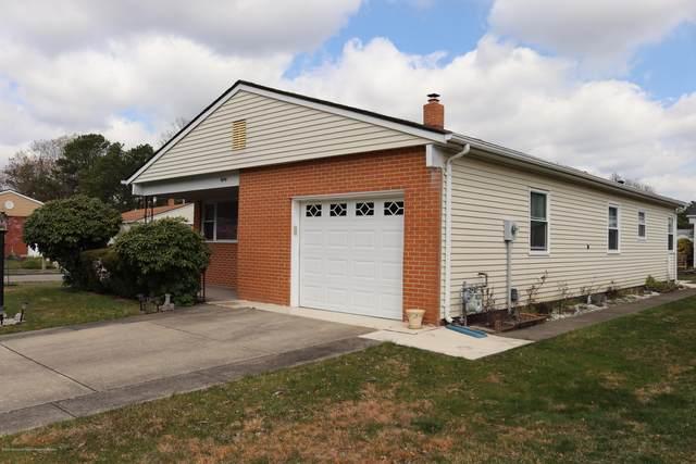 80 Guadalajara Drive, Toms River, NJ 08757 (MLS #22012101) :: Vendrell Home Selling Team