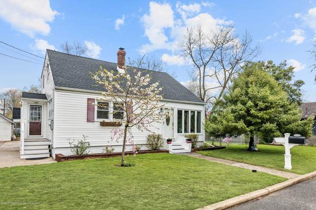 32 Warren Place, North Middletown, NJ 07748 (MLS #22012169) :: Vendrell Home Selling Team