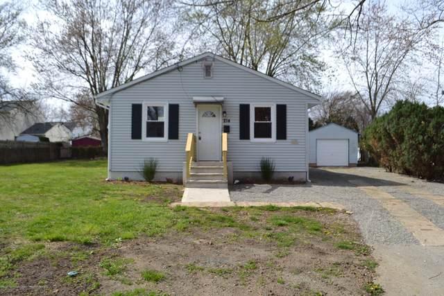 214 Milton Avenue, Cliffwood, NJ 07721 (#22012298) :: Daunno Realty Services, LLC