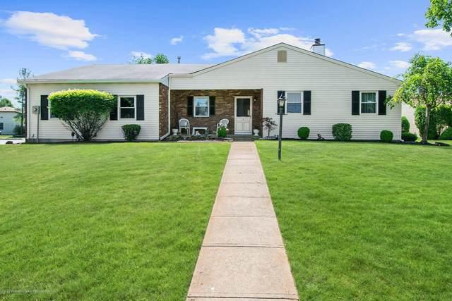 15 Coventry Terrace, Marlboro, NJ 07746 (MLS #22017896) :: The Dekanski Home Selling Team