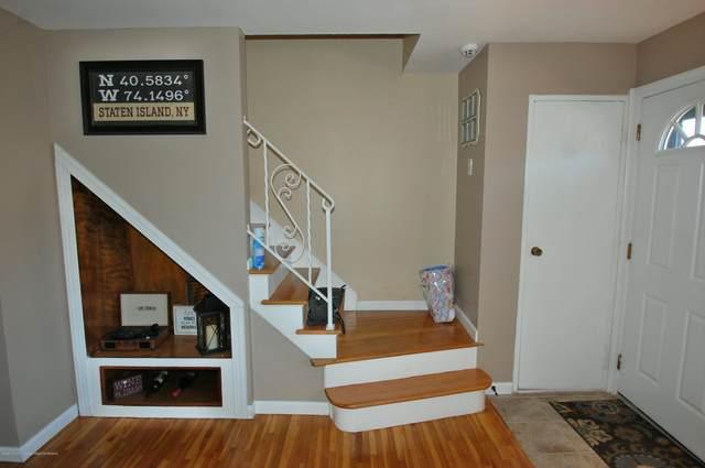 33 Village Green Way, Hazlet, NJ 07730 (MLS #22022310) :: Halo Realty
