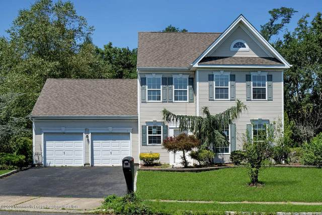 1 Woodstown Drive, Freehold, NJ 07728 (MLS #22026687) :: The Sikora Group