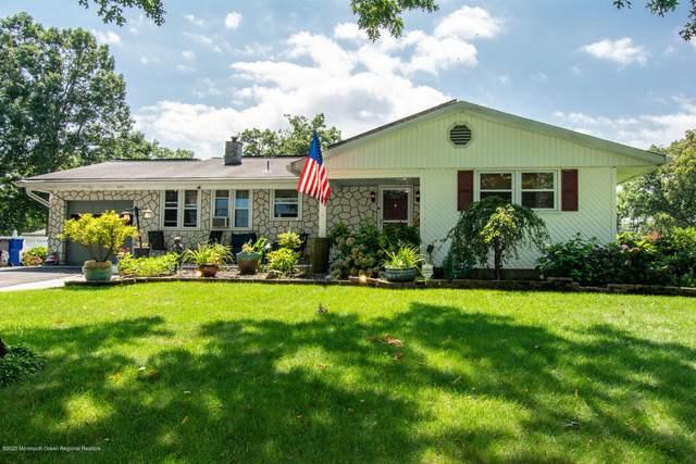 1067 Crystal Drive, Toms River, NJ 08753 (MLS #22029077) :: The Dekanski Home Selling Team