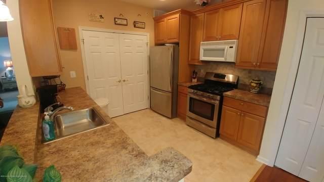 330 Sophee Lane #1000, Lakewood, NJ 08701 (MLS #22030488) :: William Hagan Group