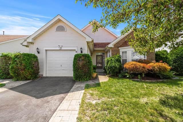 37 Butler Avenue, Bayville, NJ 08721 (MLS #22031560) :: The Dekanski Home Selling Team