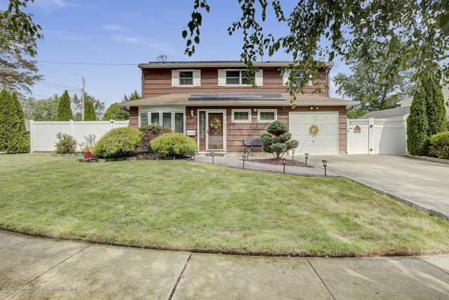 28 Morsell Place, Old Bridge, NJ 08857 (MLS #22034076) :: Caitlyn Mulligan with RE/MAX Revolution