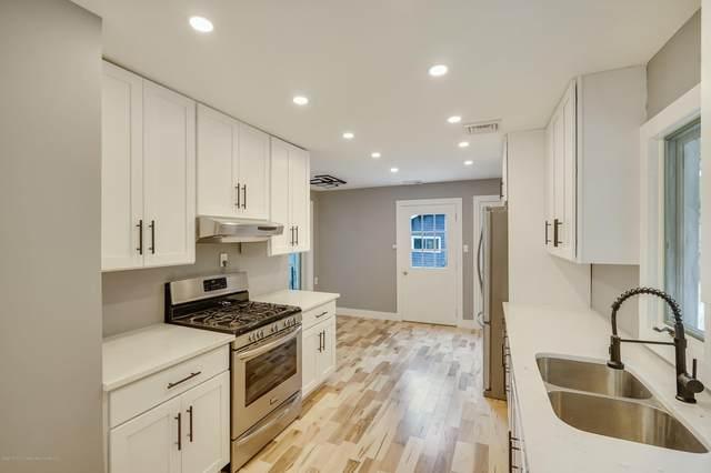 324 Kent Road, Howell, NJ 07731 (MLS #22035164) :: William Hagan Group