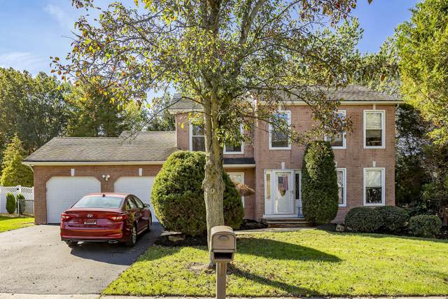 38 Gary Drive, Englishtown, NJ 07726 (MLS #22036229) :: Provident Legacy Real Estate Services, LLC