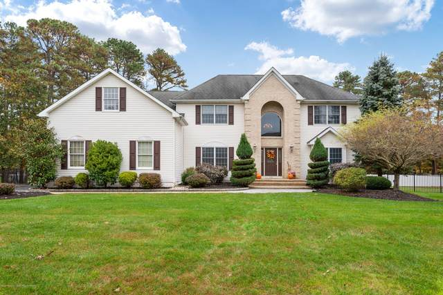 29 Leone Boulevard, Jackson, NJ 08527 (MLS #22038337) :: The MEEHAN Group of RE/MAX New Beginnings Realty