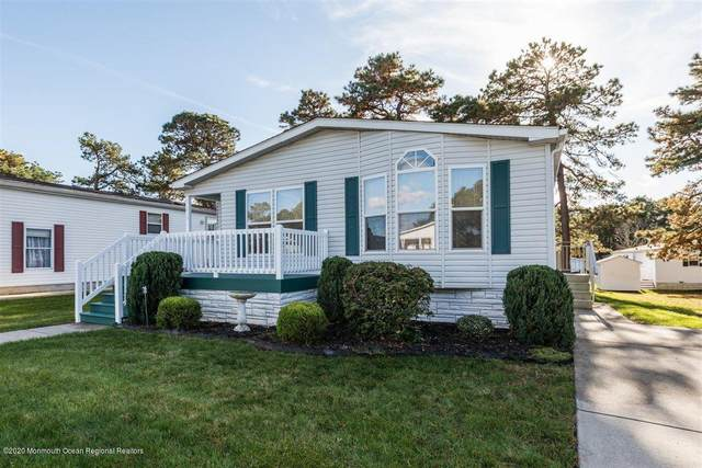 513 Momosa Way, Whiting, NJ 08759 (MLS #22040206) :: The MEEHAN Group of RE/MAX New Beginnings Realty