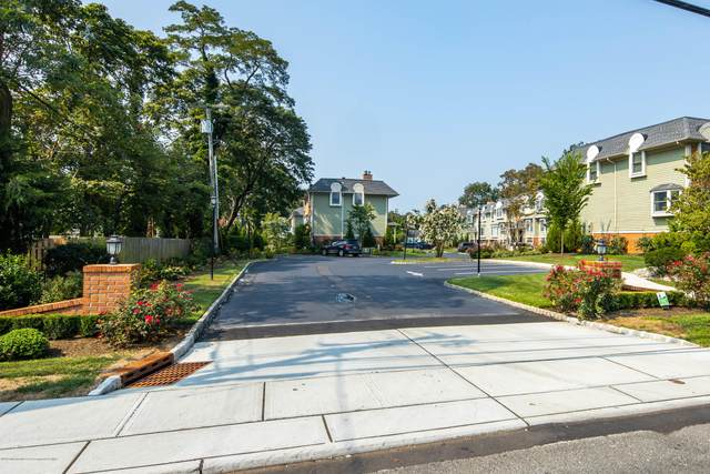 65 E River Road #18, Rumson, NJ 07760 (#22040735) :: Nexthome Force Realty Partners