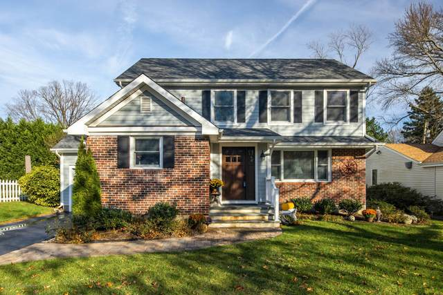 16 Sunnycrest Court, Little Silver, NJ 07739 (MLS #22041084) :: Caitlyn Mulligan with RE/MAX Revolution
