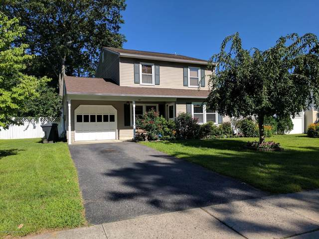 136 Ticonderoga Drive, Toms River, NJ 08755 (MLS #22041617) :: The CG Group | RE/MAX Real Estate, LTD